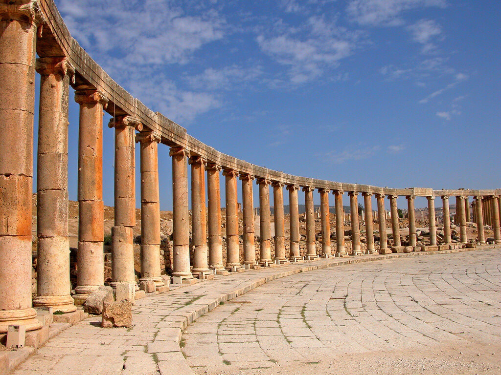 Discover the Roman City of Jerash